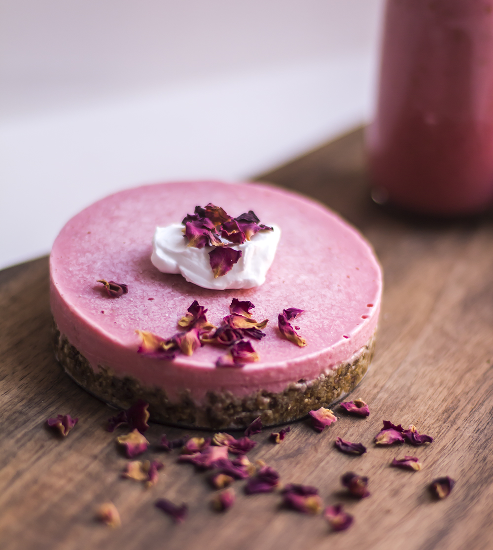 strawberry cheesecake vegan recipe raw