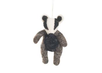 normal_handmade-felt-hanging-badger.jpg