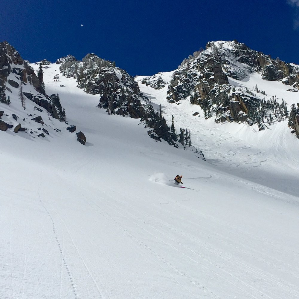 Ski mountaineering rewards! Powder skiing with Big Sky Backcountry Guides