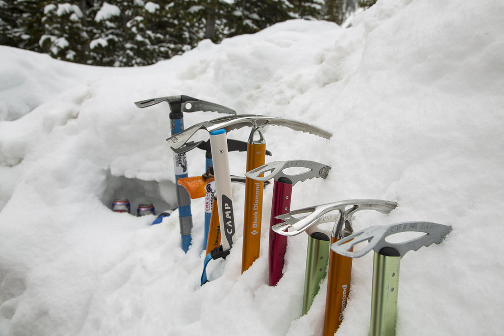 Ski Mountaineering: Ice axes at the ready!