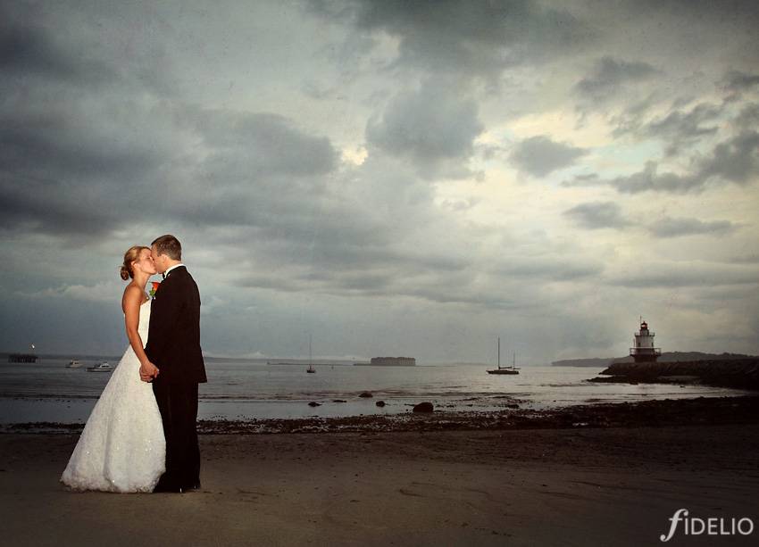 wedding portrait at lighthouse