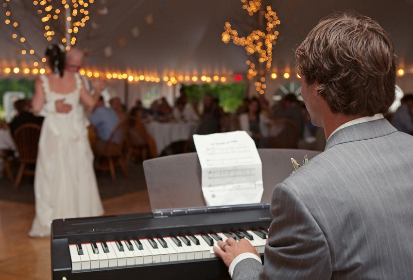 groom on piano