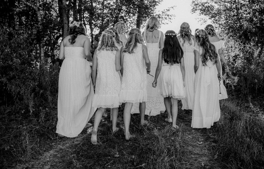 maine wedding bridesmaids