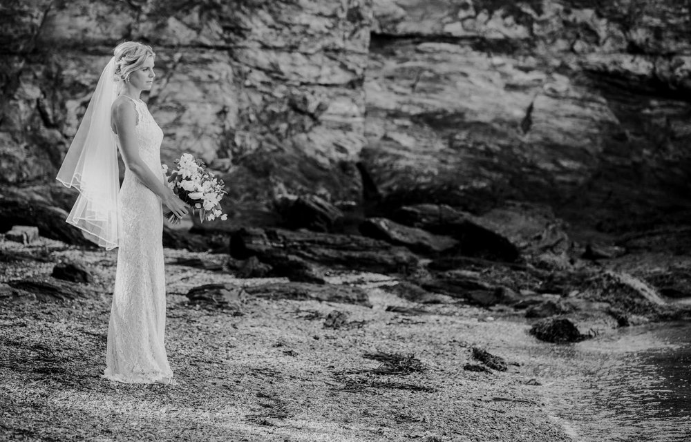 A bride waits at Diamond Cove