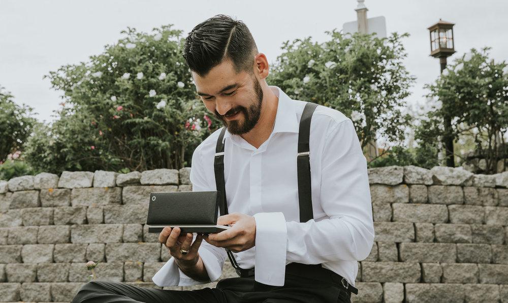 groom opens gift