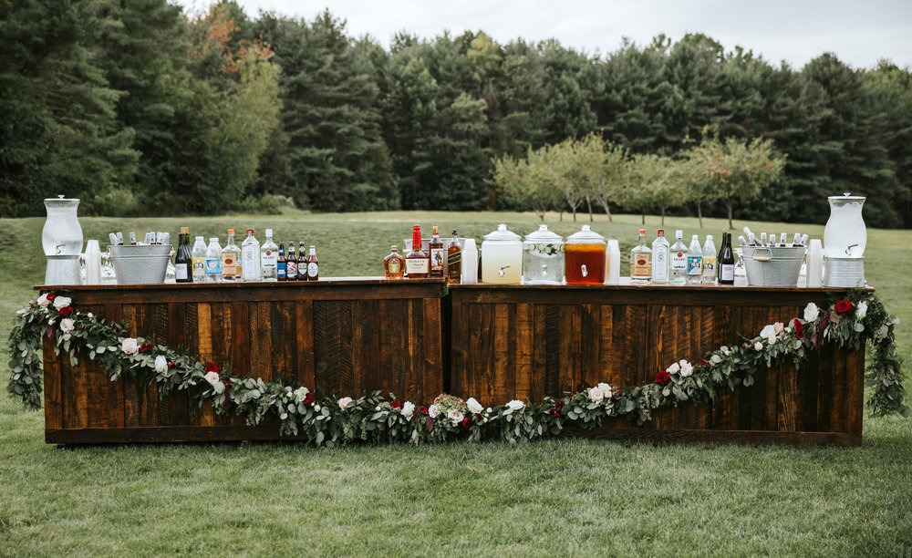 Outdoor Bar at Flanagan Farm