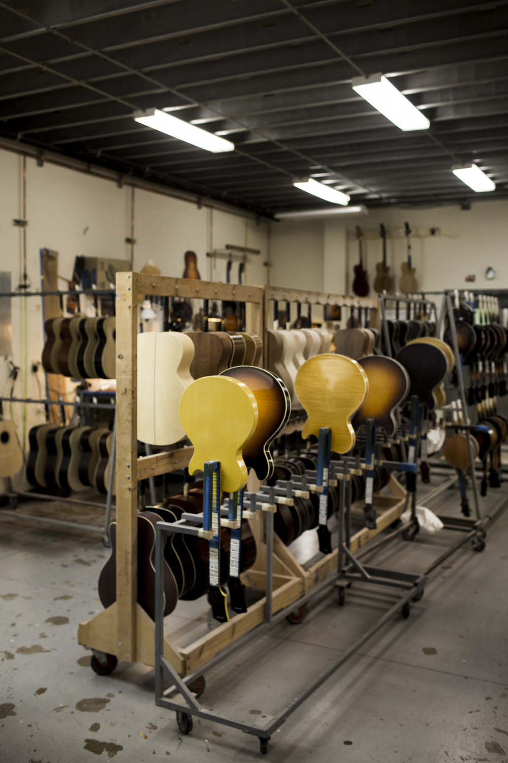 COLLINGS_guitars__28.jpg