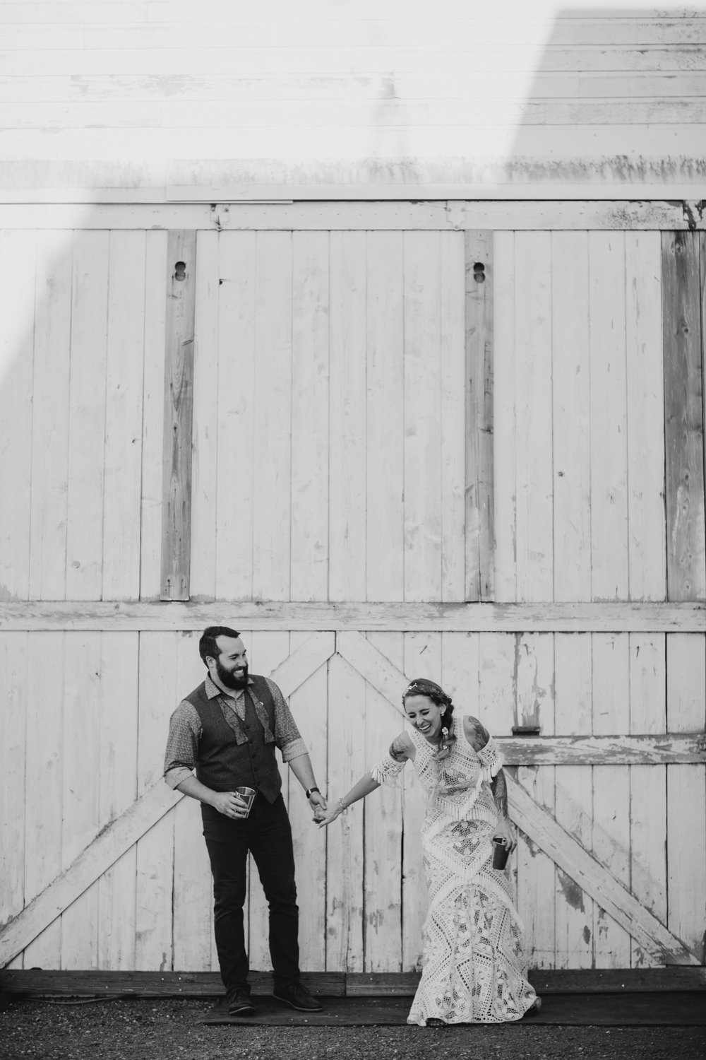 Max&SamPhoto_Seattle Wedding Photographer_Dairyland_18.jpg