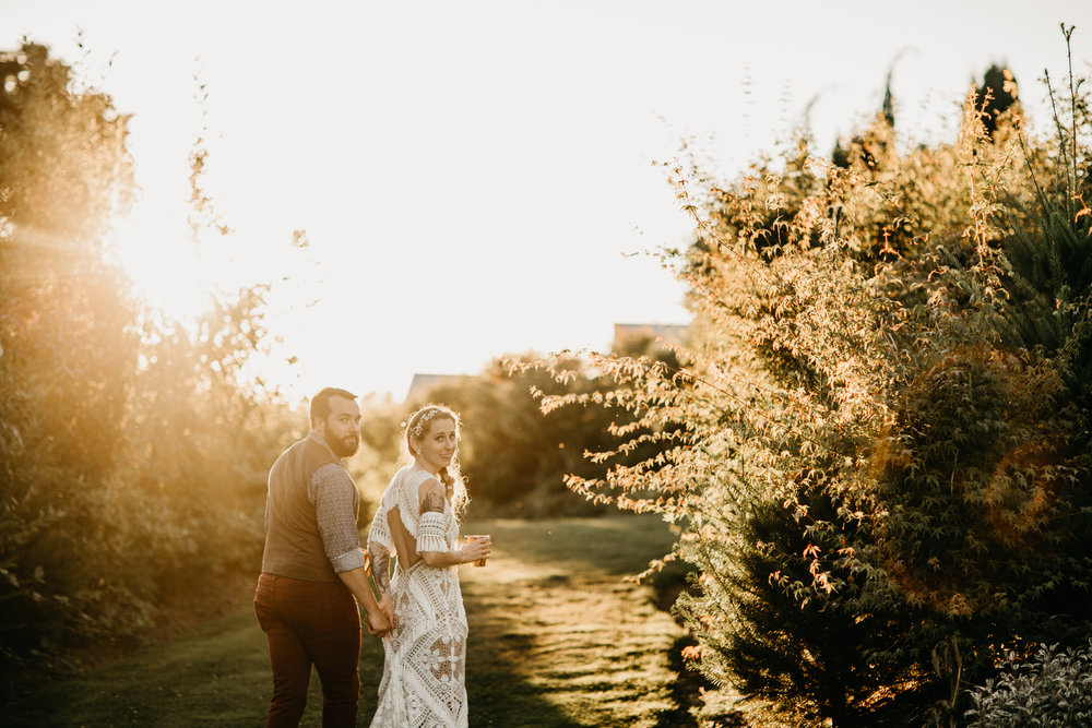 Max&SamPhoto_Seattle Wedding Photographer_Dairyland_13.jpg