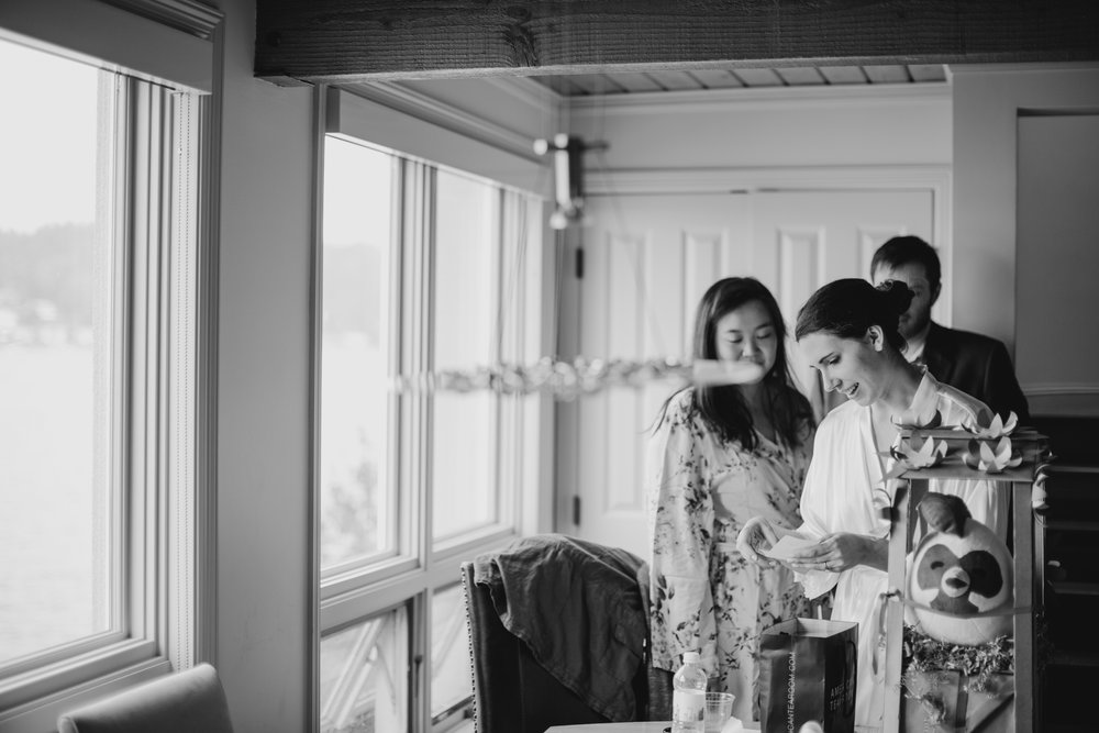 Max&SamPhoto_Seattle Wedding Photographer_Bellevue Robinswood House_004.jpg