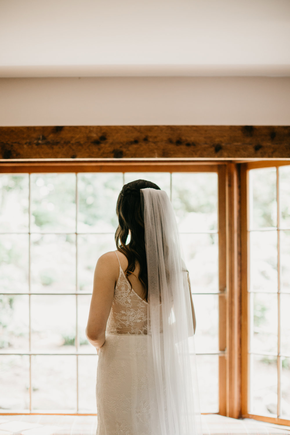 Max&SamPhoto_Seattle Wedding Photographer_Bellevue Robinswood House_023.jpg