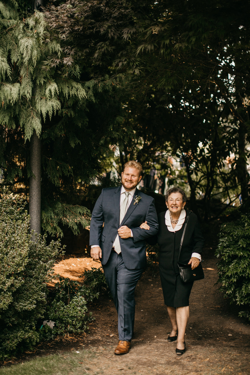 Max&SamPhoto_Seattle Wedding Photographer_Bellevue Robinswood House_064.jpg