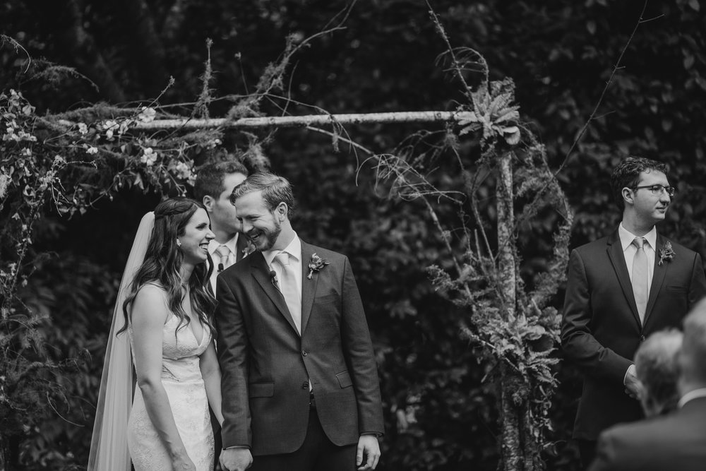 Max&SamPhoto_Seattle Wedding Photographer_Bellevue Robinswood House_081.jpg