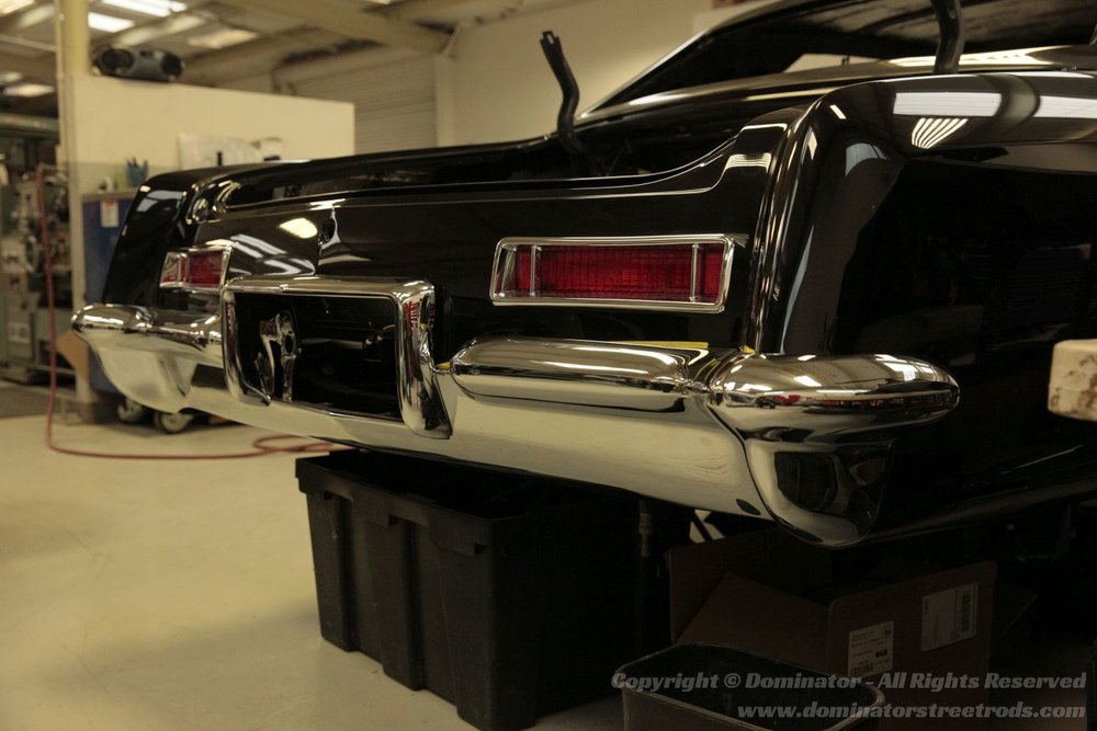 Al's '64 Buick Riviera - Overlap Style Image Left