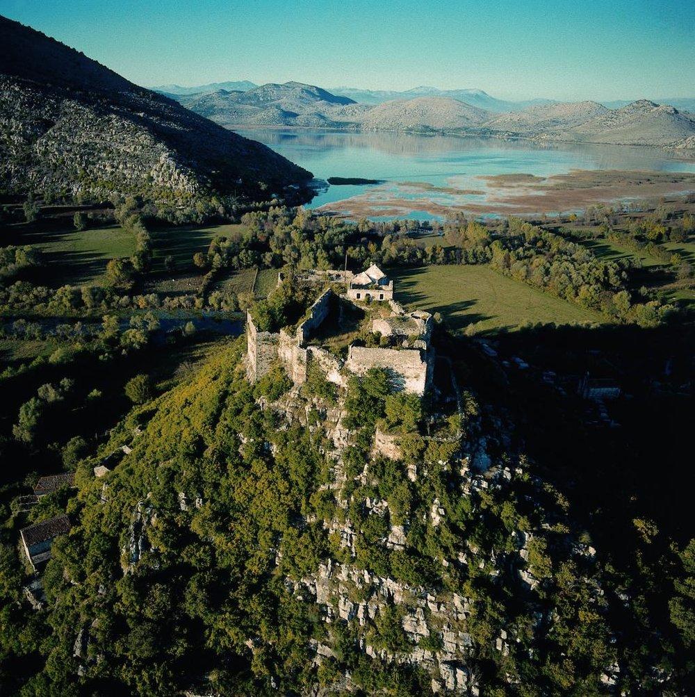 Skadarsko jezero_Zabljak Crnojevica.JPG
