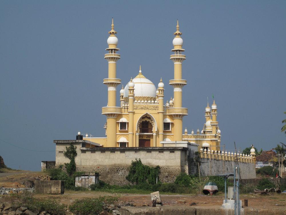 20100105-Vizhinjam_Mosque.JPG
