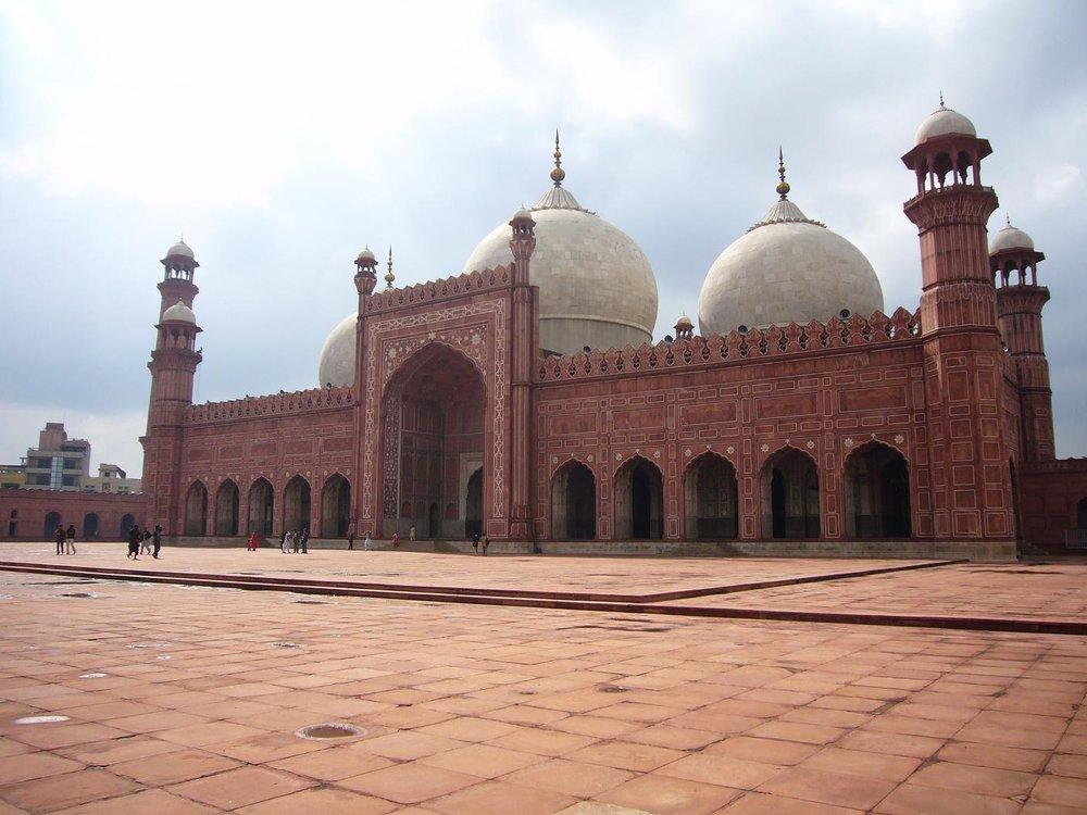 badshahi-mosque-pakistan-5.jpg