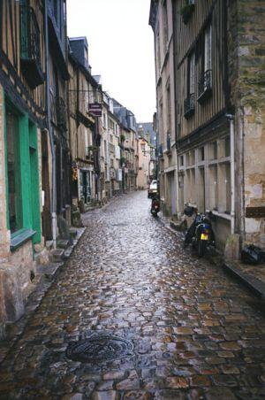 town street - cobblestone .jpeg