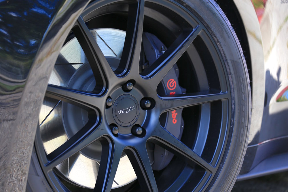 Steeda Midnight Edition front wheel -1.jpg