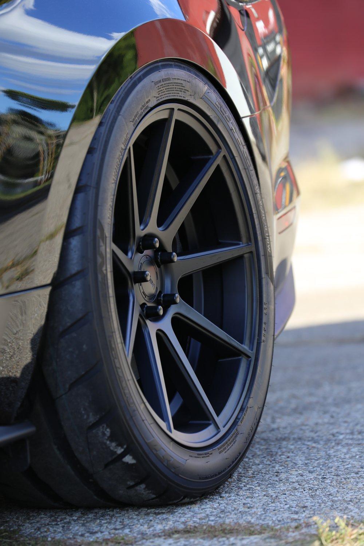 Steeda Midnight Edition rear wheel.jpg