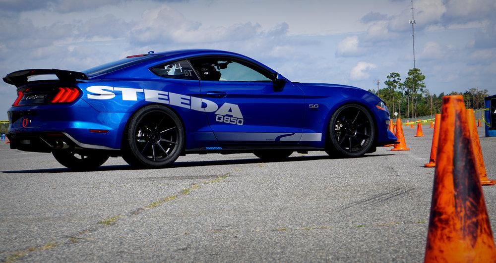 Blue Q850 StreetFighter 57.jpg