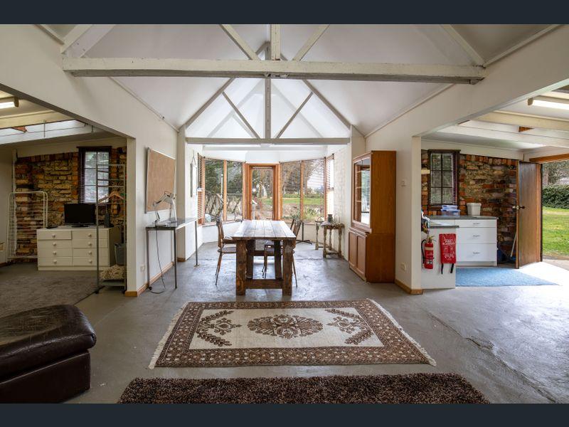 garden studio living space.jpg
