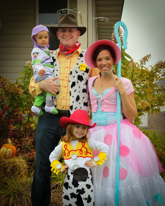This is the family that won Lee Unkrich's signed copy of Toy Story 3!