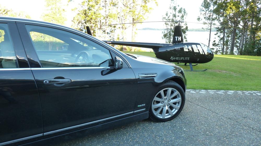 Holden Caprice & R44