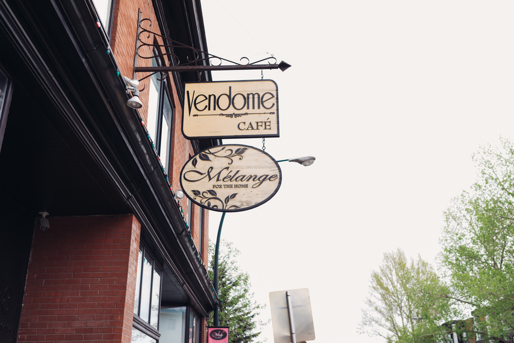 Vendom's nice wooden sign
