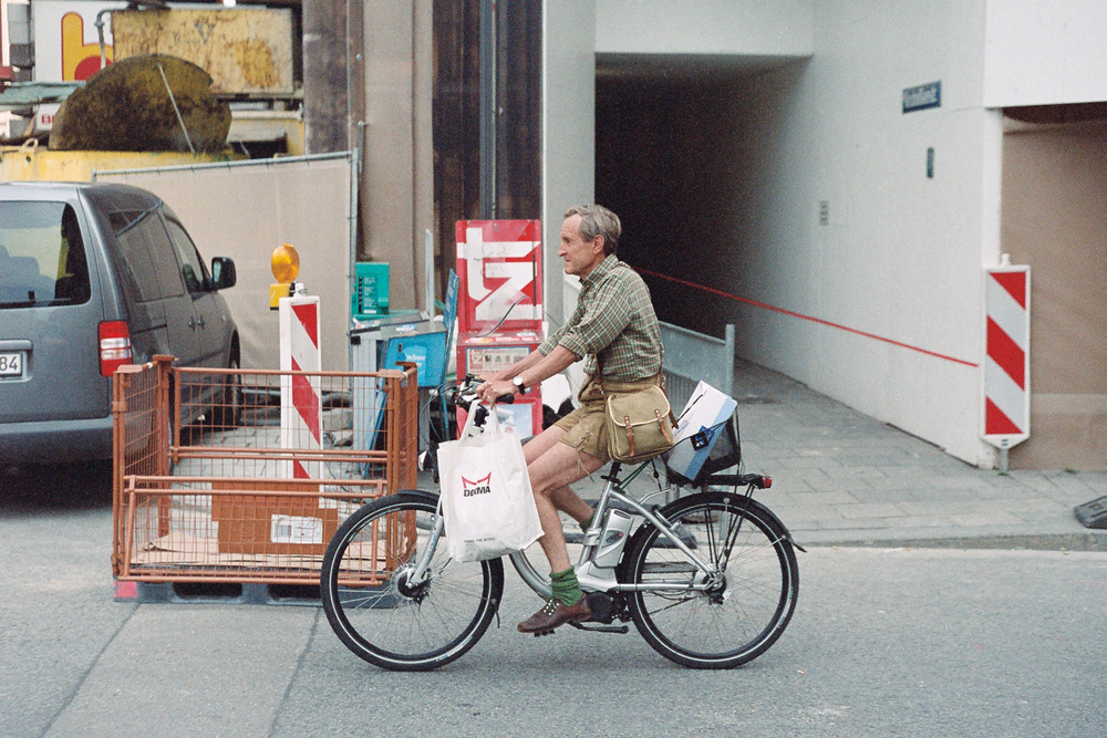 All the shopping. Leica M6 TTL w/ 50mm Cron Version III.