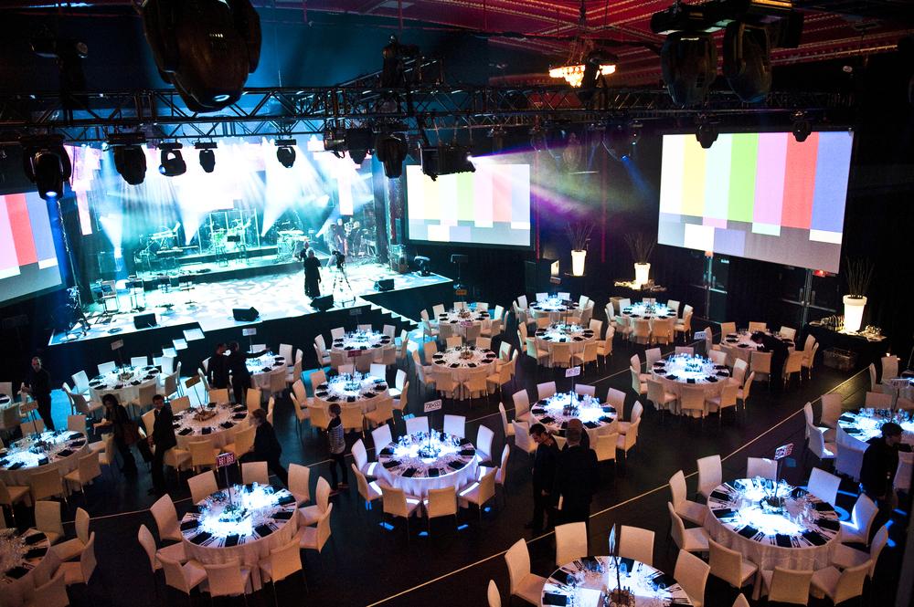 Salle banquet blanc.jpg