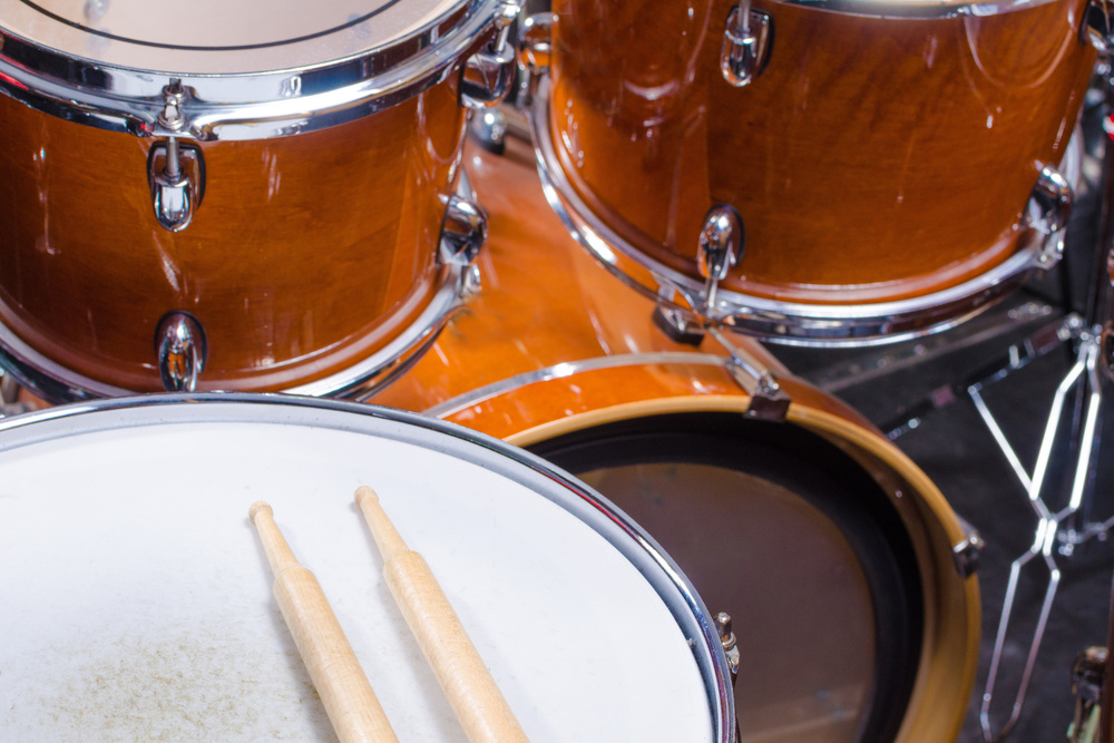 Drummers have one of the most important jobs in music and that is to keep a steady and rhythmic beat. Drums are the fundamental backbones to songs and provides rhythm that musicians play along to. Check out our drum articles for free tips on rhythm, practicing, and more!