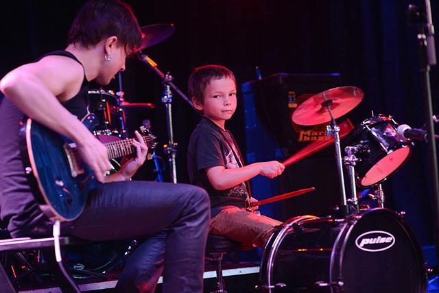 Lil Samuel rockin hard on the drums with his Instructor Simon 😎 #rockhomelessons