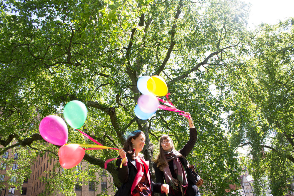 Balloons, trees, sky.... blogtacular photo walk