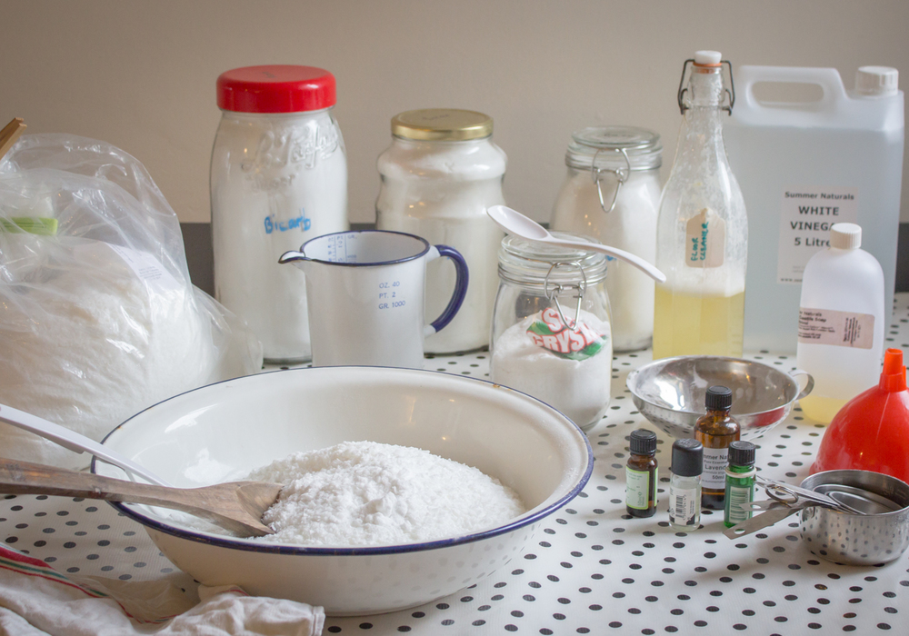 DIY Natural Cleaning Recipe's | Seeds and Stitches blog