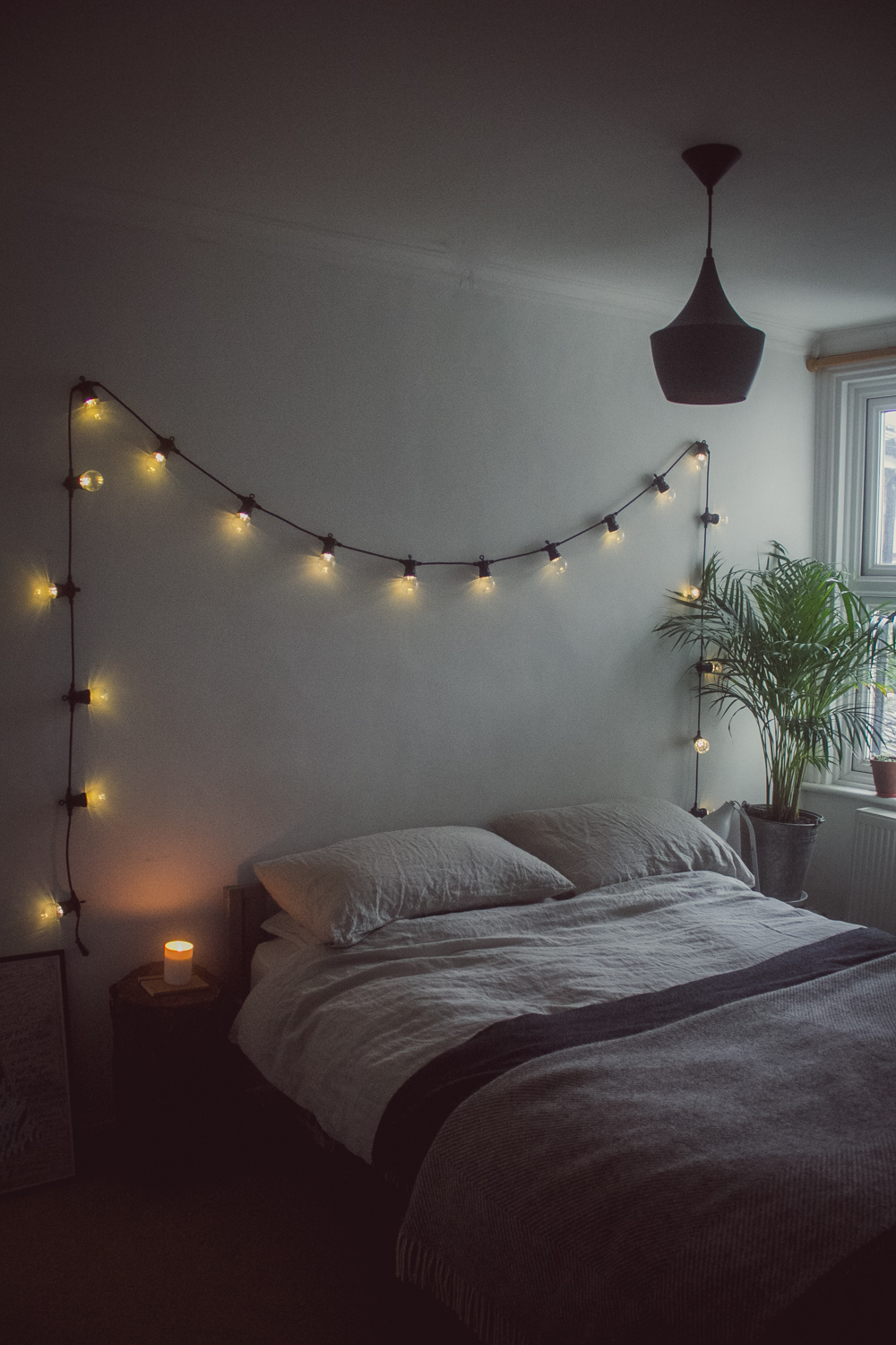 A calm, winter-ready bedroom | Seeds and Stitches blog