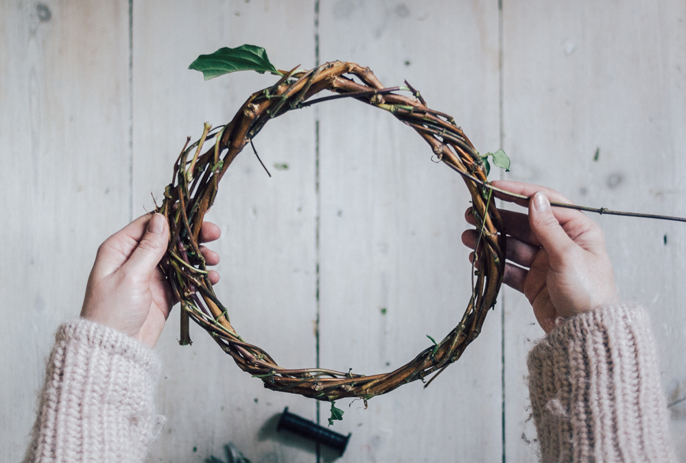 Making a vine wreath base | Seeds and Stitches blog