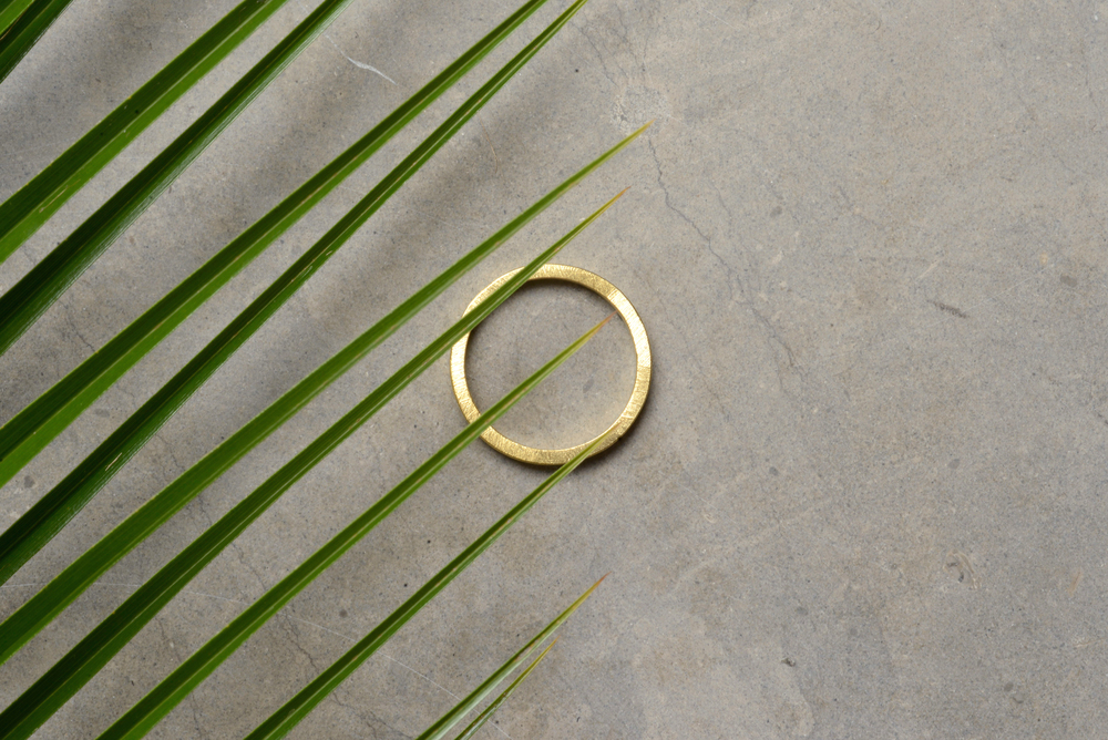 square-ring-gold-1.jpg