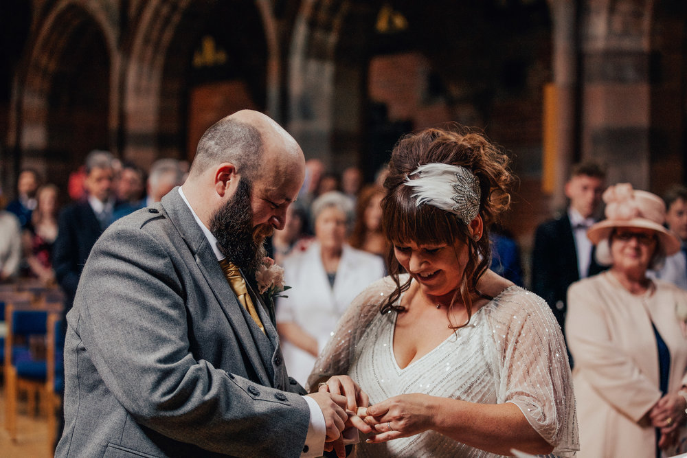 PJ_PHILLIPS_PHOTOGRAPHY_ERIKA_&_BRUCE_ALTERNATIVE_GLASGOW_CITY_WEDDING_45.jpg