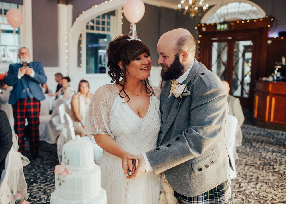 PJ_PHILLIPS_PHOTOGRAPHY_ERIKA_&_BRUCE_ALTERNATIVE_GLASGOW_CITY_WEDDING_103.jpg