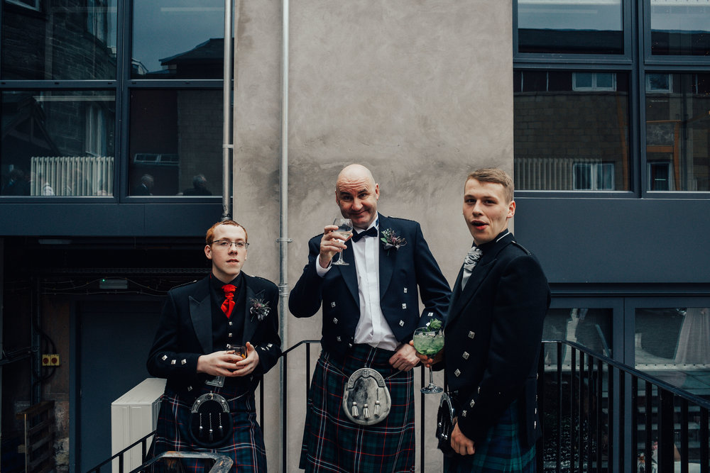 PJ_PHILLIPS_PHOTOGRAPHY_ERIKA_&_BRUCE_ALTERNATIVE_GLASGOW_CITY_WEDDING_112.jpg