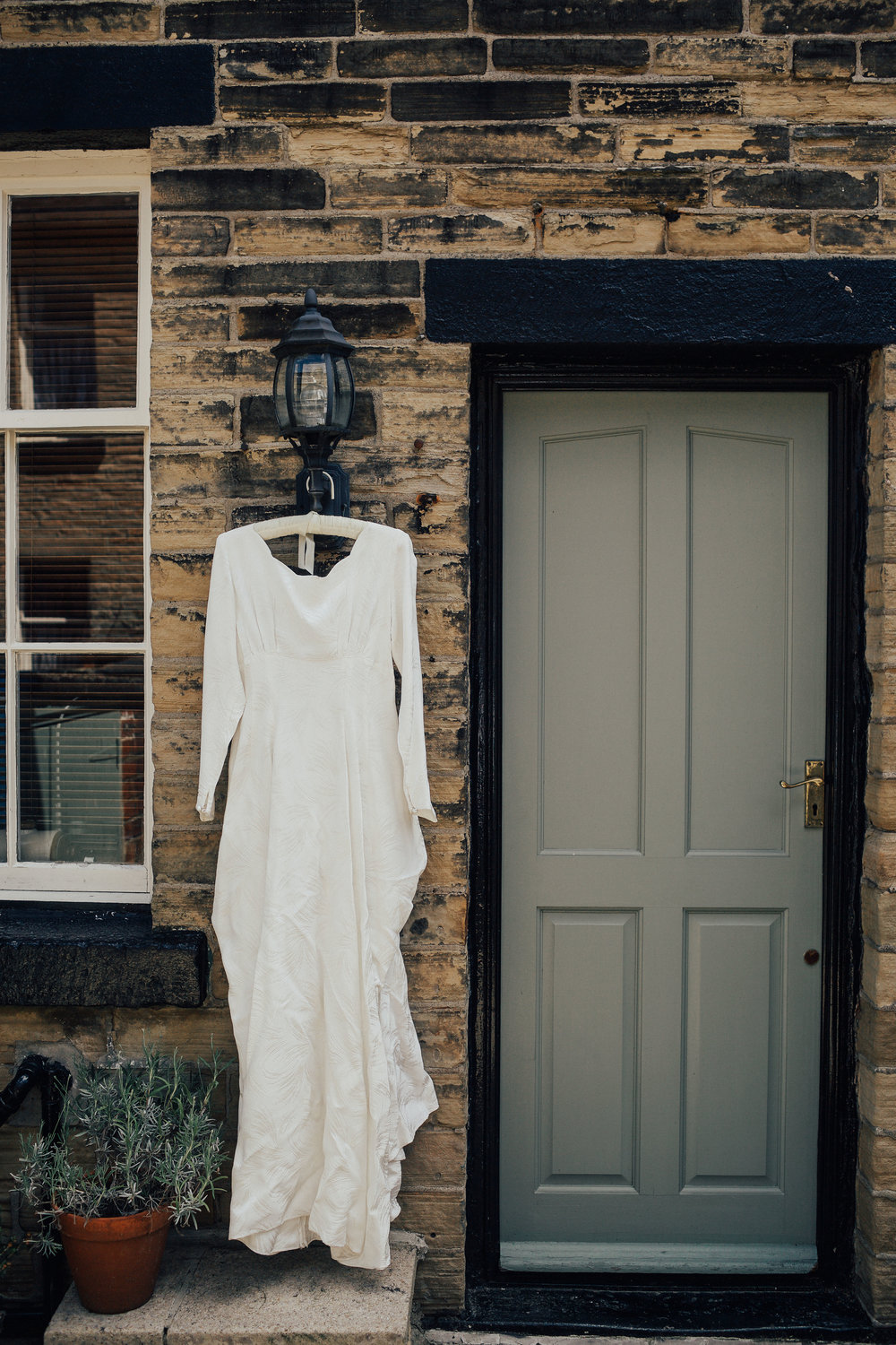 VICTORIA_HALL_SALTAIRE_VINTAGE_YORKSHIRE_WEDDING_PJ_PHILLIPS_PHOTOGRAPHY_6.jpg