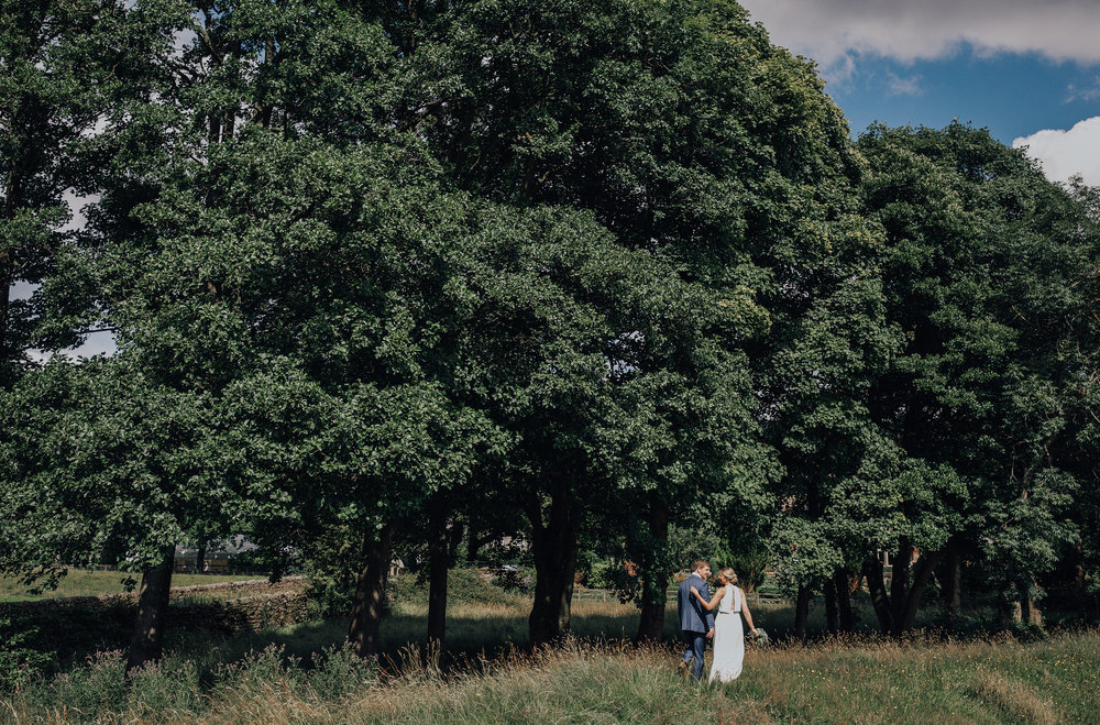 PJ_PHILLIPS_PHOTOGRAPHY_YORKSHIRE_WEDDING_PHOTOGRAPHER_HENRY_SOPHIE_SPORTSMANS_ARMS_PATELEY_BRIDGE_56.jpg