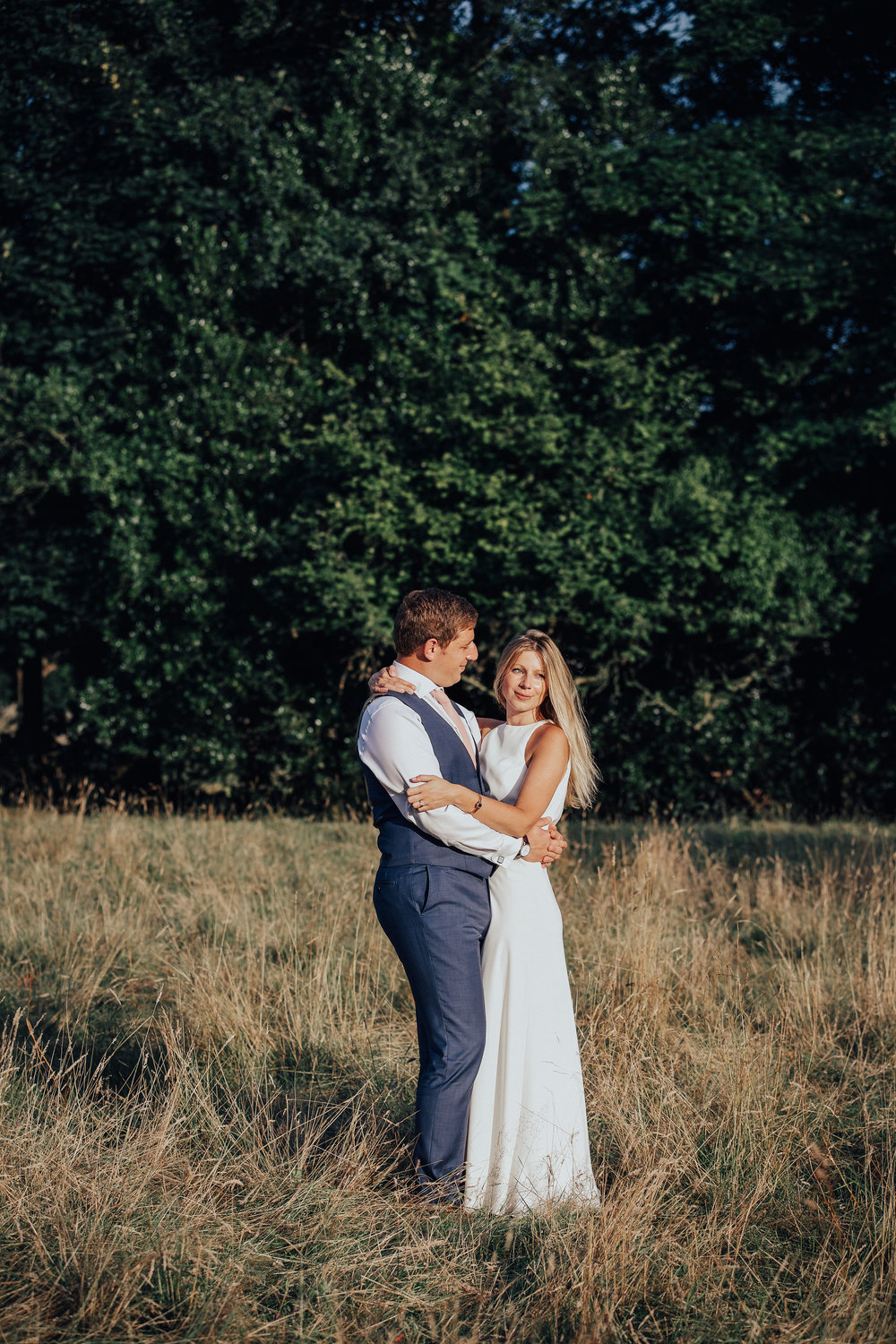 PJ_PHILLIPS_PHOTOGRAPHY_YORKSHIRE_WEDDING_PHOTOGRAPHER_HENRY_SOPHIE_SPORTSMANS_ARMS_PATELEY_BRIDGE_106.jpg