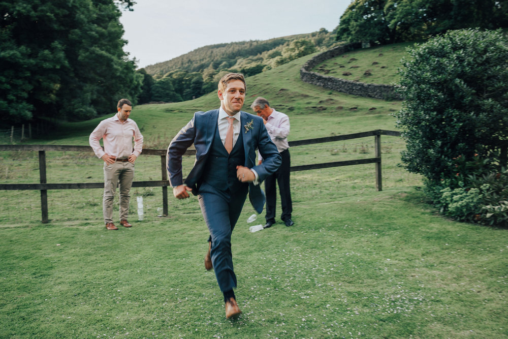 PJ_PHILLIPS_PHOTOGRAPHY_YORKSHIRE_WEDDING_PHOTOGRAPHER_HENRY_SOPHIE_SPORTSMANS_ARMS_PATELEY_BRIDGE_122.jpg