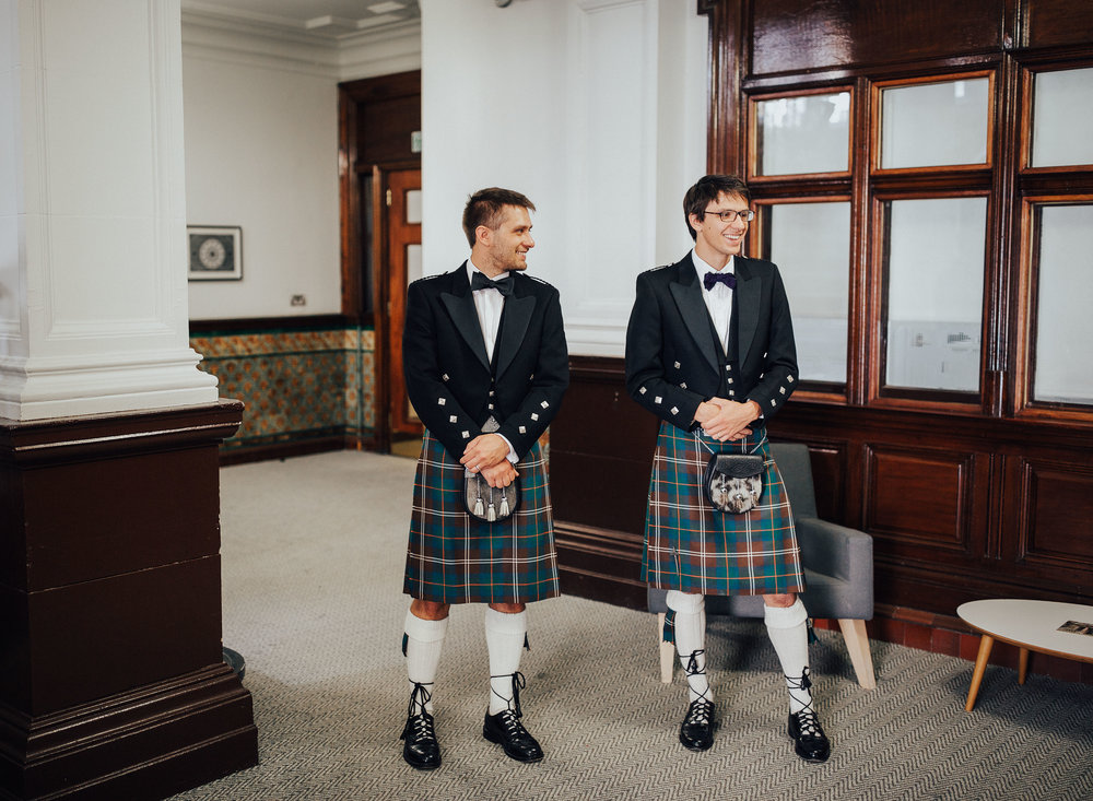 ALTERNATIVE_GLASGOW_CITY_WEDDING_PJ_PHILLIPS_PHOTOGRAPHY_WEDDING_PHOTOGRAPHY_34.jpg