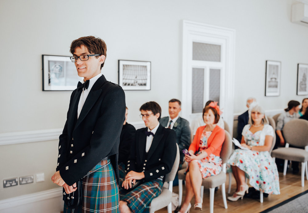 ALTERNATIVE_GLASGOW_CITY_WEDDING_PJ_PHILLIPS_PHOTOGRAPHY_WEDDING_PHOTOGRAPHY_41.jpg