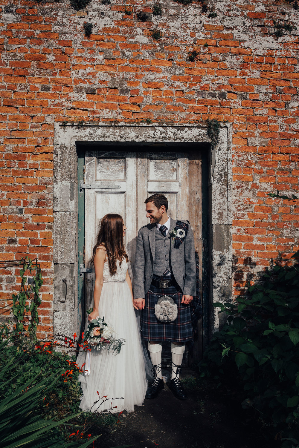 BYRE_AT_INCHYRA_WEDDING_PHOTOGRAPHER_PJ_PHILLIPS_PHOTOGRAPHY_KAYLEIGH_ANDREW_111.jpg