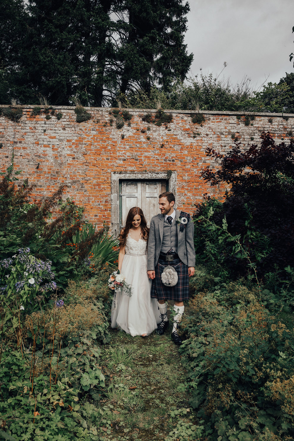 BYRE_AT_INCHYRA_WEDDING_PHOTOGRAPHER_PJ_PHILLIPS_PHOTOGRAPHY_KAYLEIGH_ANDREW_112.jpg