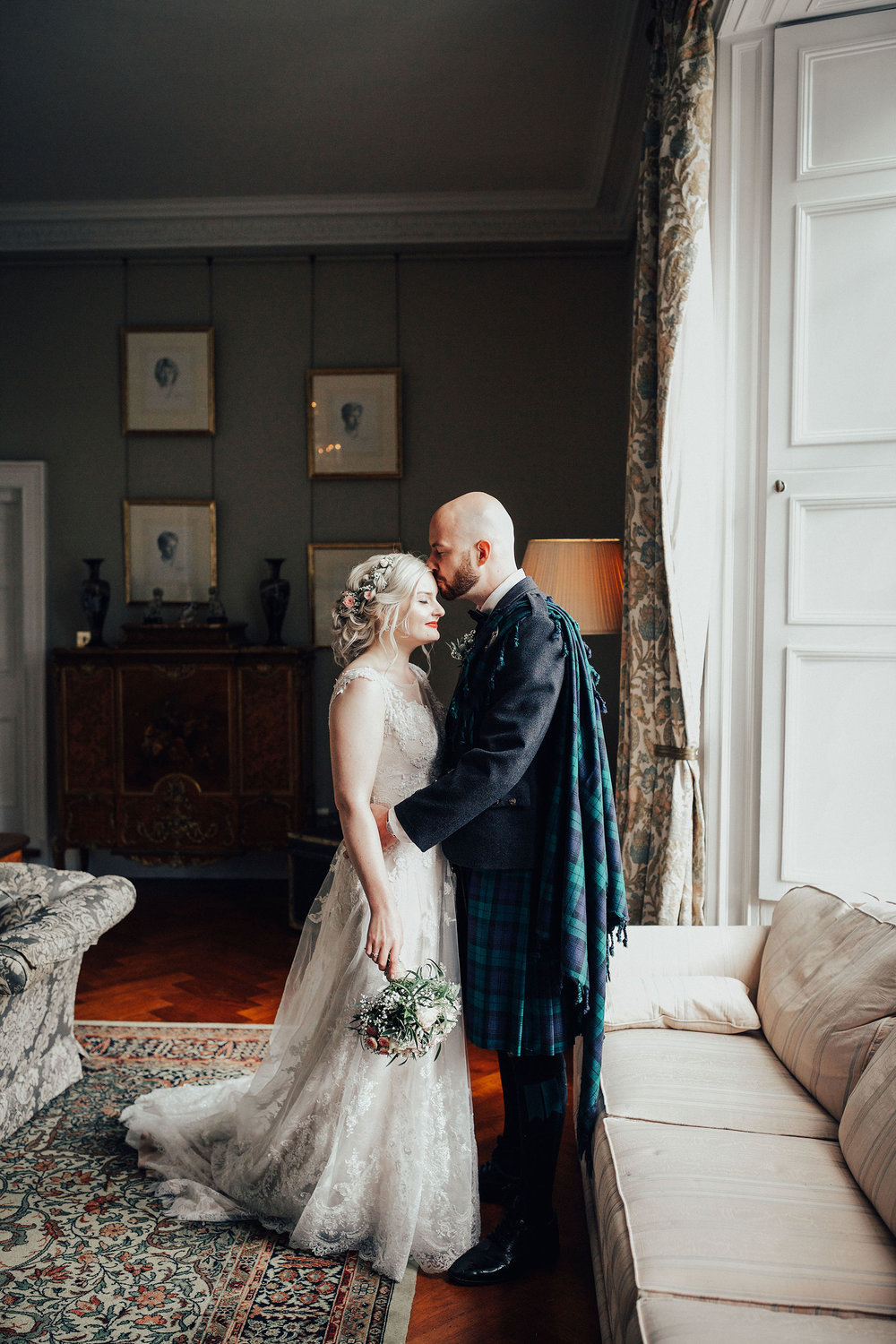 BOTURICH_CASTLE_WEDDING_PHOTOGRAPHER_PJ_PHILLIPS_PHOTOGRAPHY_99.jpg